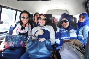 testimonila traveling cirebon rent car
